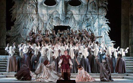 Nightly Opera Stream