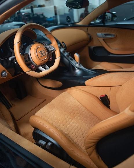 Interier Bugatti Divo